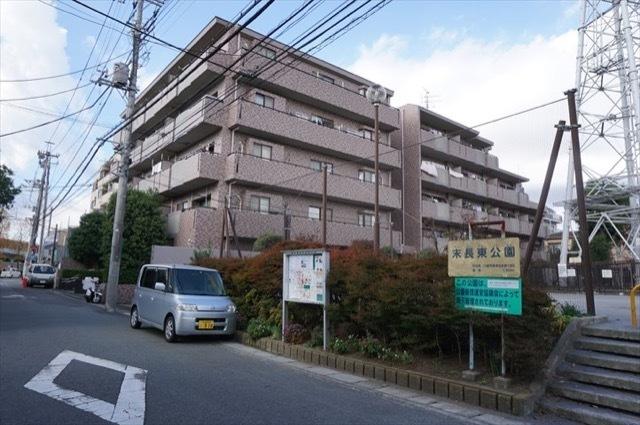クレッセント武蔵新城2の外観