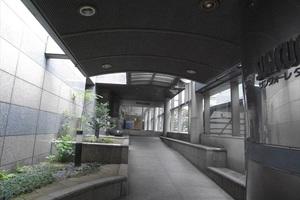 中野サンクォーレタワーのエントランス