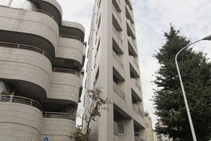 ラグジュアリーアパートメント文京千石02の外観
