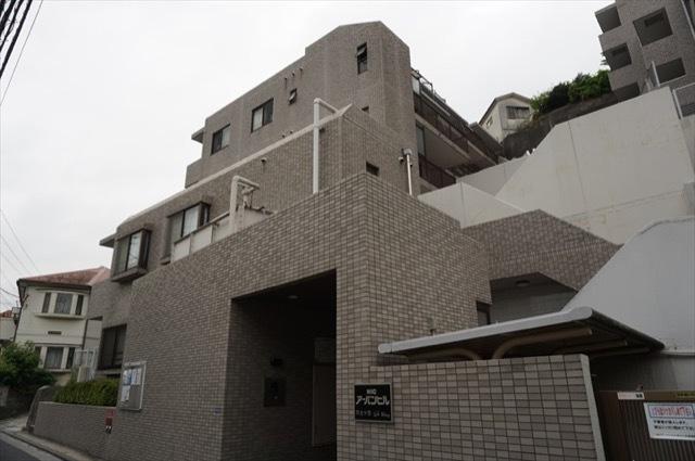 ニックアーバンヒル井土ヶ谷(レフト・ライトウイング)