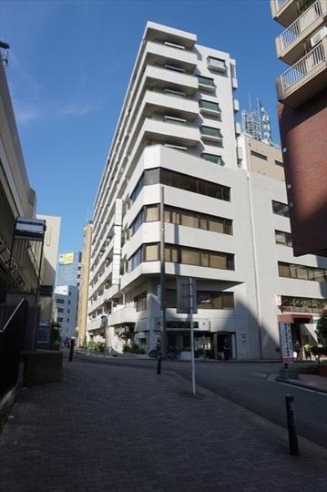 ストーク横浜2番館の外観