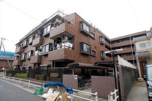 ライオンズマンション西新井本町の外観