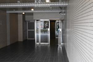 藤和シティコープ西尾久のエントランス