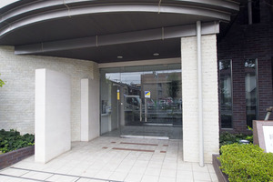 新高島平ガーデンハウスのエントランス