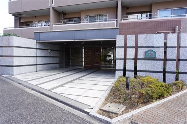 日神パレステージ武蔵新城のエントランス