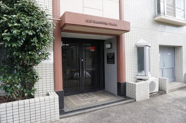 クリオ武蔵新城2番館のエントランス