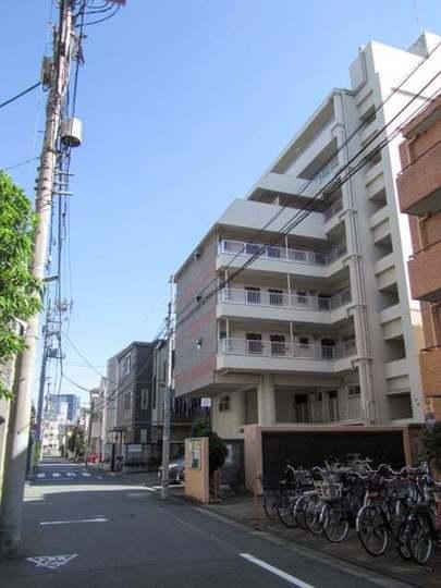 三田新中野コーポの外観