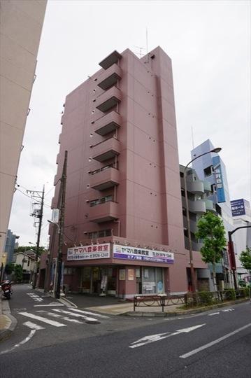安田下赤塚マンションの外観