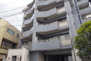 ユアコート東長崎の外観