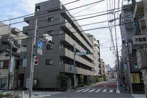 ルーブル新宿水道町の外観