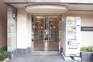 プレスタイル菊川のエントランス