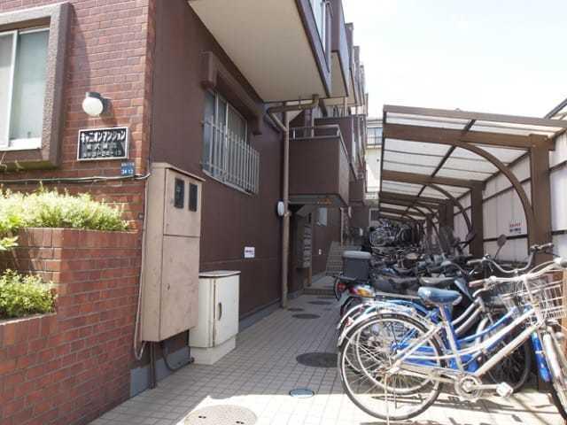 キャニオンマンション東武練馬のエントランス