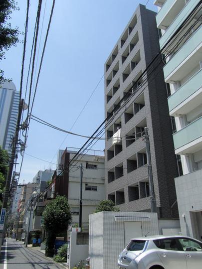 スカイコート新宿新都心の外観