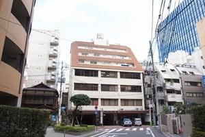 東京瓦会館ビルの外観