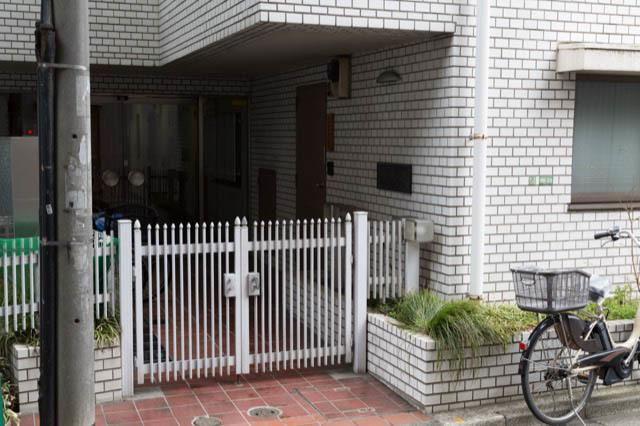 光建ハイム世田谷松原のエントランス