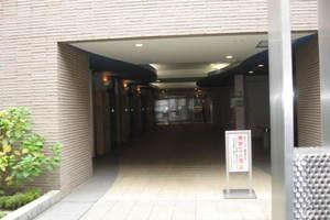 ベルフォート西荻駅前のエントランス