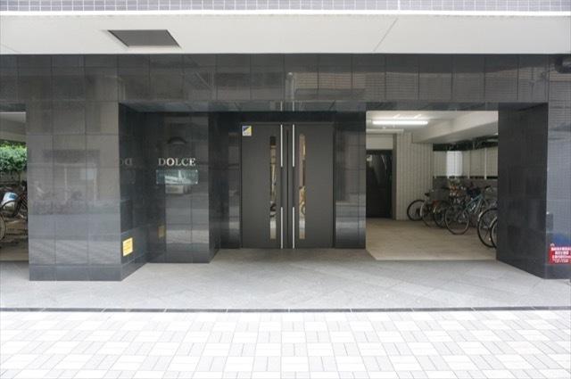 ドルチェ横浜関内のエントランス