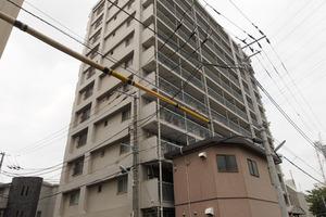 三田高島平第1コーポの外観