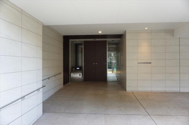 パークホームズ横浜ブロッサムアベニューのエントランス