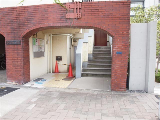 ジャパンハイツニュー東陽のエントランス