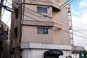 臼田坂マンションの外観