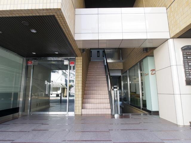 駒込タウンブリーズのエントランス
