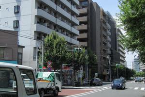 イヅミニッテイハイツ北新宿の外観