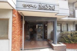 セザール赤塚公園のエントランス