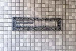 ローレルコート中野高根町の看板