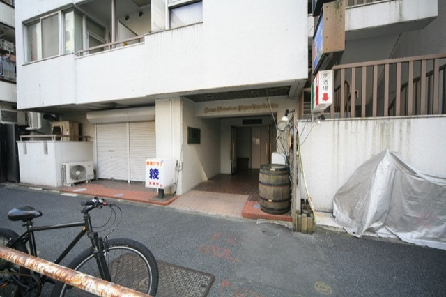 ライオンズマンション東五反田のエントランス