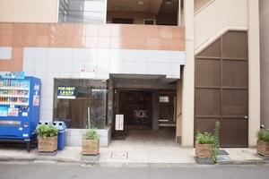 メインステージ東神田2のエントランス