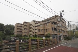 グローリオ板橋本町パークサイドの外観