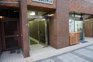 三田慶応ビジデンスのエントランス
