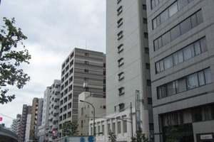 日米商会ビルの外観
