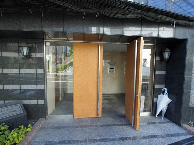 ロアール文京江戸川橋のエントランス