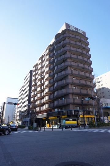 グリフィン新横浜6番館の外観
