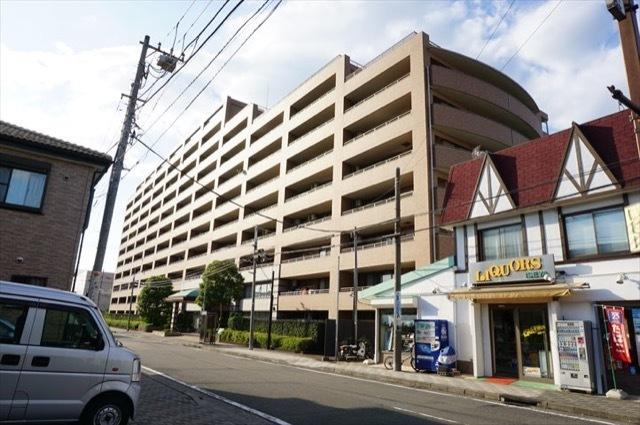 クリオレジダンス横浜鶴見の外観