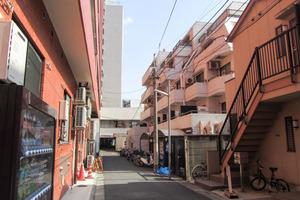 スカイコート西新宿の外観
