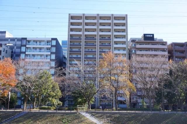 レアシス新横浜パークフロントの外観