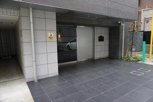 メインステージ三田アーバンスクエアのエントランス