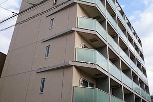 ロアール新蒲田の外観