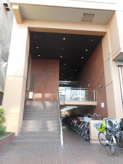 菊川サニーハイツのエントランス
