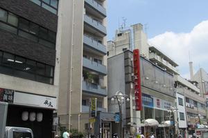 高田馬場西商店街ビルの外観