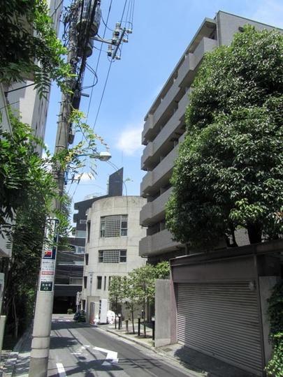 ルーブル神楽坂弐番館の外観