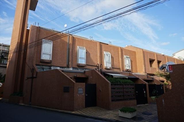 タウンハウス仙台坂