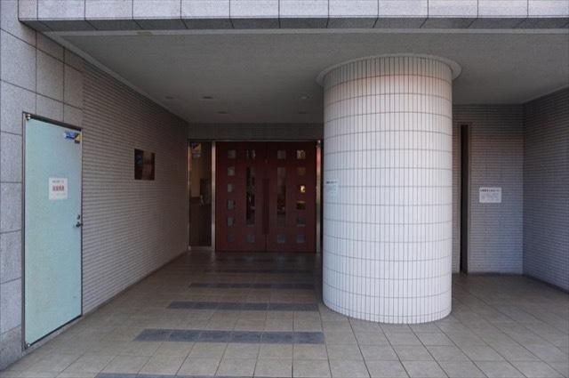 Dクラディア横浜マークスのエントランス