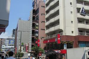 ニュー竹宝ビルの外観