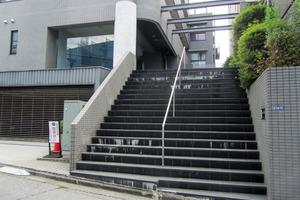 コム戸山台のエントランス
