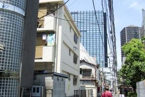 新宿ローヤルコーポの外観