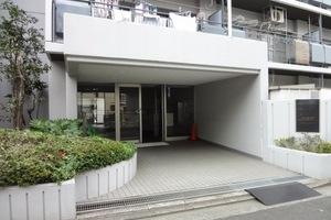 鎌倉町パークファミリアのエントランス